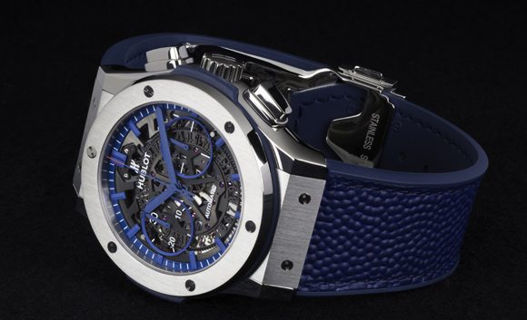 blue-replica-hublot-classic-fusion-aerofusion-new-york